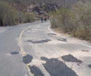 """Bachean"" importantes carreteras en Peñamiller"