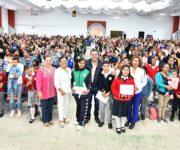 En Tequisquiapan, alumnos con excelencia académica y carencia social son beneficiados con Becas Cerca de Ti.