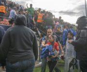 -VÍDEO-Violencia en las tribunas suspende juego entre San Luis y Querétaro
