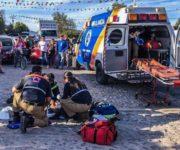Muere en Hospital hombre que perdió las piernas después de volcar una pipa en Querétaro
