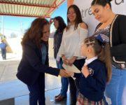 Millonaria Obra para La Ceja de Huimilpan y alcaldesa entrega Calzado a estudiantes de Preescolar