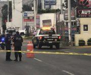 Hieren con arma de fuego y atropellan a policía en Querétaro, inseguridad a la creciente