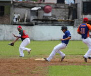 Irresponsable liga de Béisbol de SJR programa partidos aún con pandemia