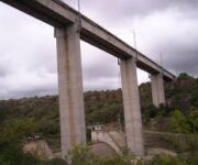 Hallan a persona atada y sin vida de persona en San Juan del Río