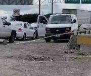 Encuentran a hombre muerto y 'embolsado' sobre la México-Querétaro