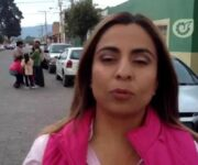 Delegada del PRI en Querétaro, acusada de interferir en elecciones con pistola en mano